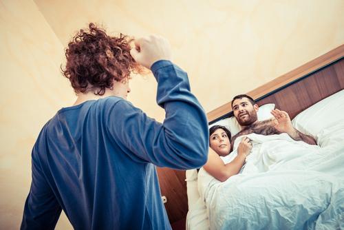 9 chicos confiesan como pillaron a sus parejas siendoles infieles 13802